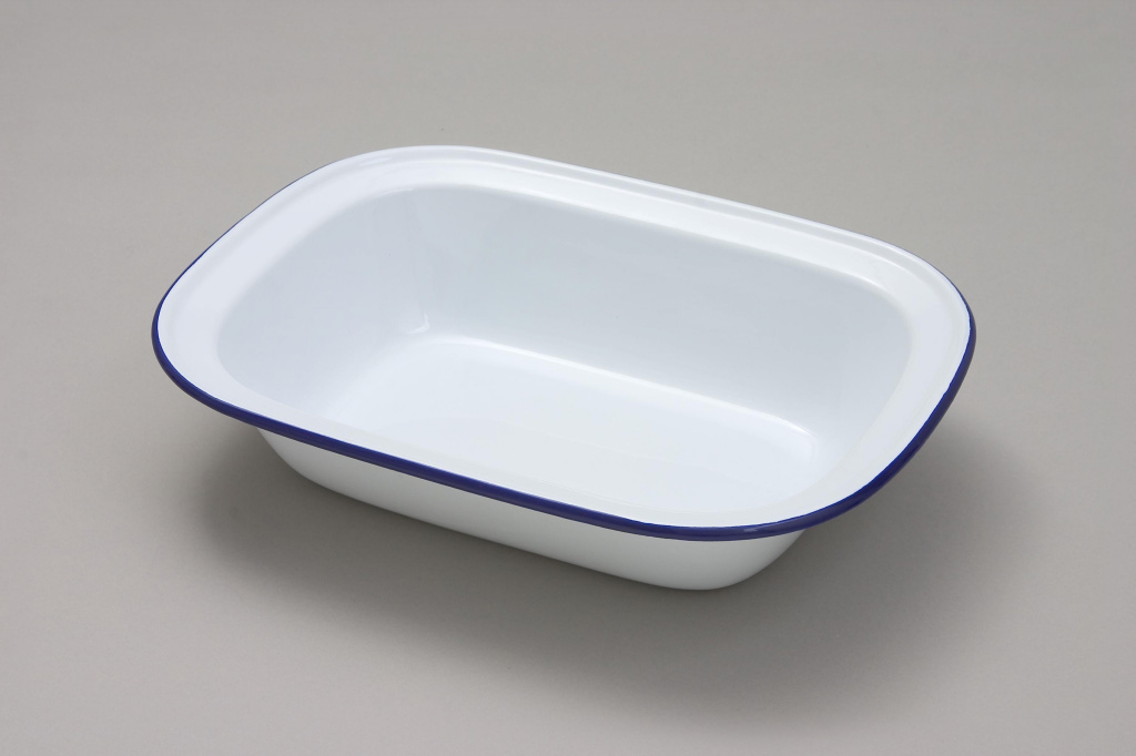 Falcon Oblong Pie Dish - 18cm