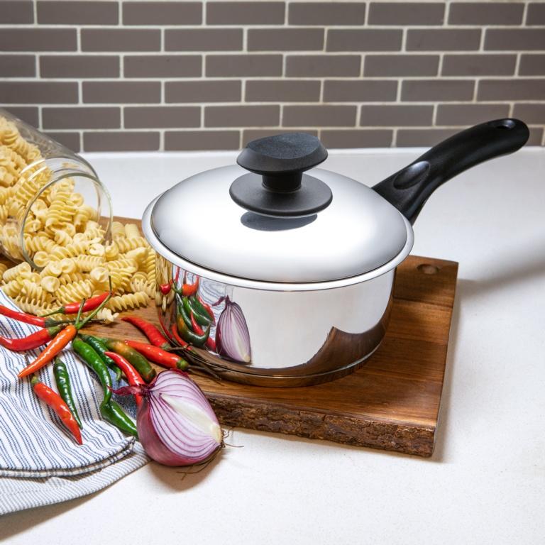 Pendeford Saucepan With Lid - 18cm