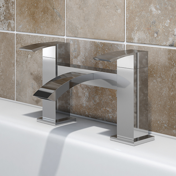 SP Aero Bath Filler Tap - W: 229mm H: 141mm D: 141mm