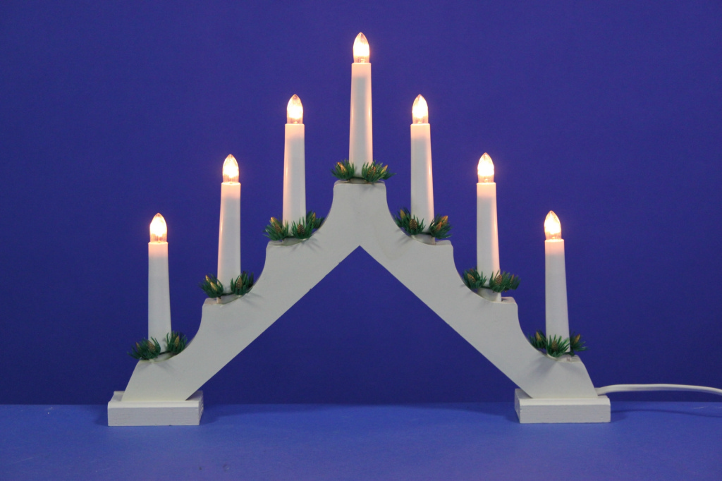 Jingles White Candle Bridge - 7 Bulb Static