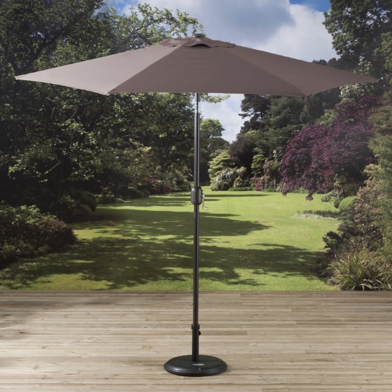 Pagoda Parasol With Crank - 2.5m Brown