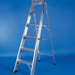 Titan Aluminium Industrial Step Ladder