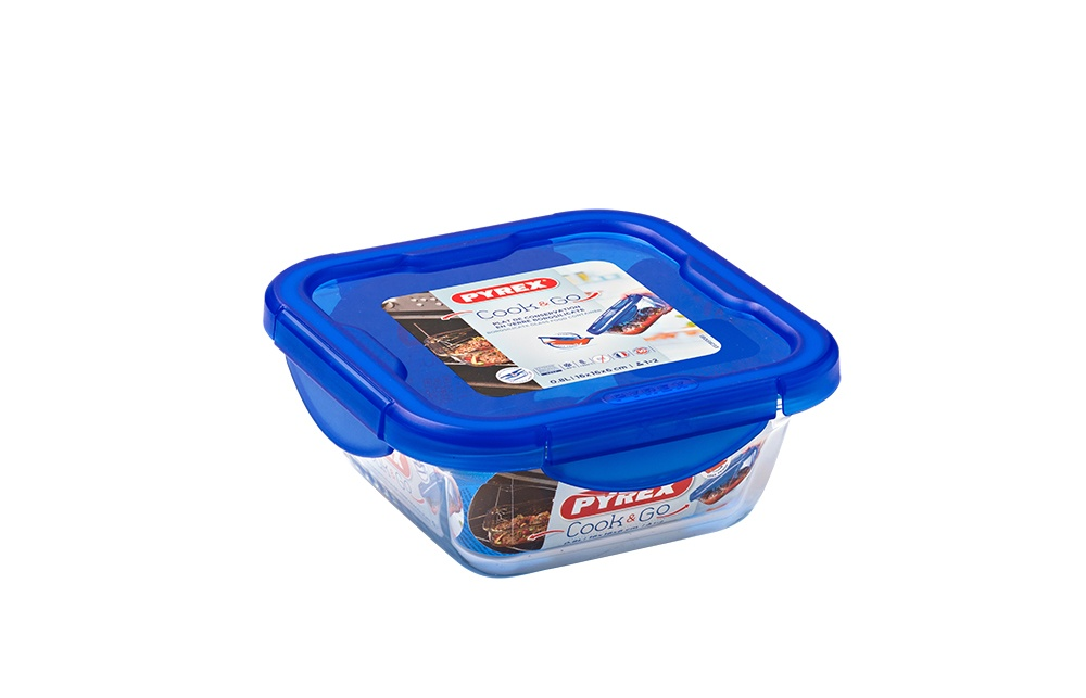 Pyrex Cook & Go Glass Square Dish with Lid - 0.9L