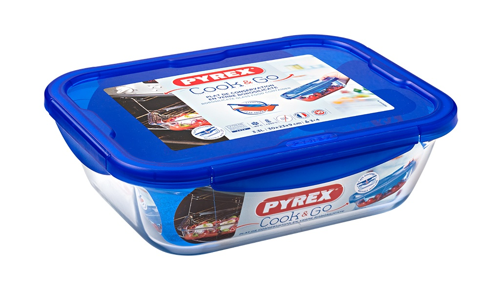 Pyrex Cook & Go Glass Rectangular Dish with Lid - 20x15cm