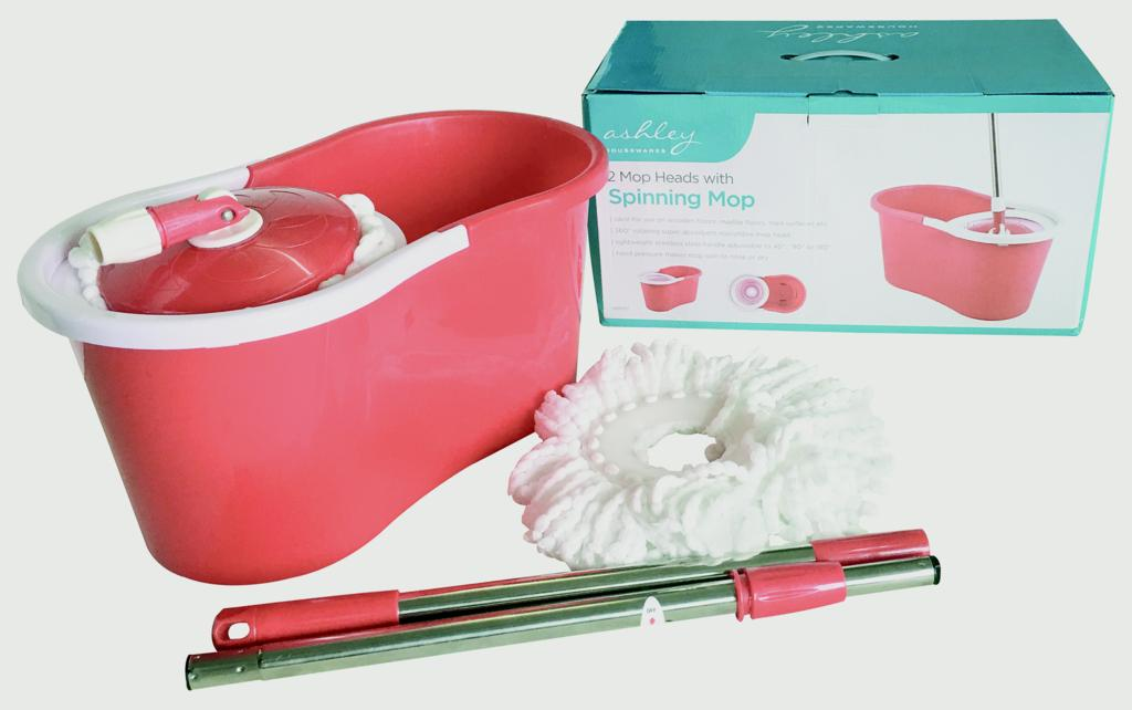 Ashley 2 Mop Heads With Spinning Mop - Red