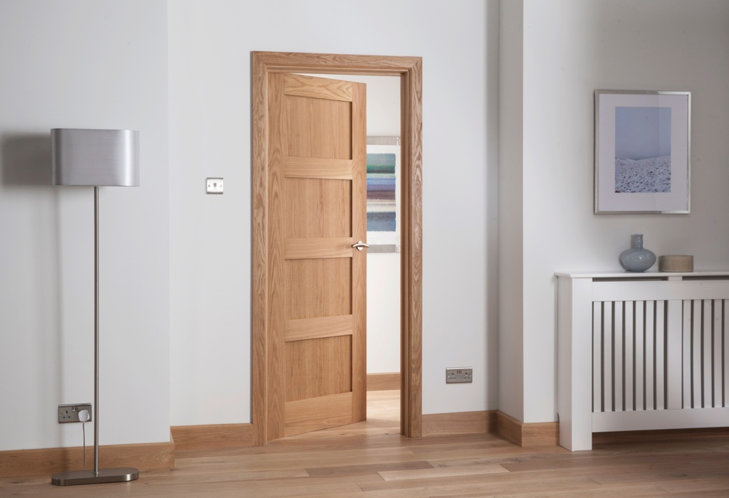 Cheshire Mouldings Cheshire 4 Panel Shaker Oak Door - 1981 x 762mm
