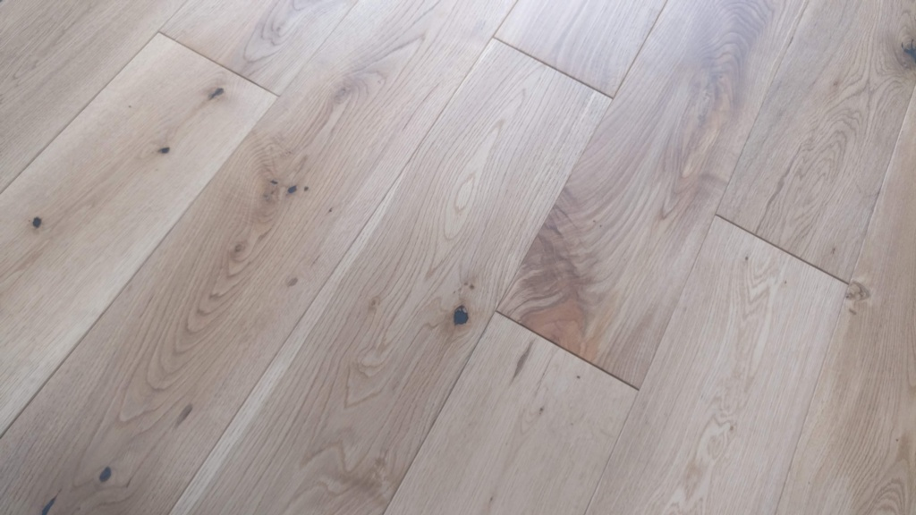 Y.T.D Limited Solid Oak Brushed UV Oiled Flooring - 1.08m2 - 18 x 150mm x Random Length