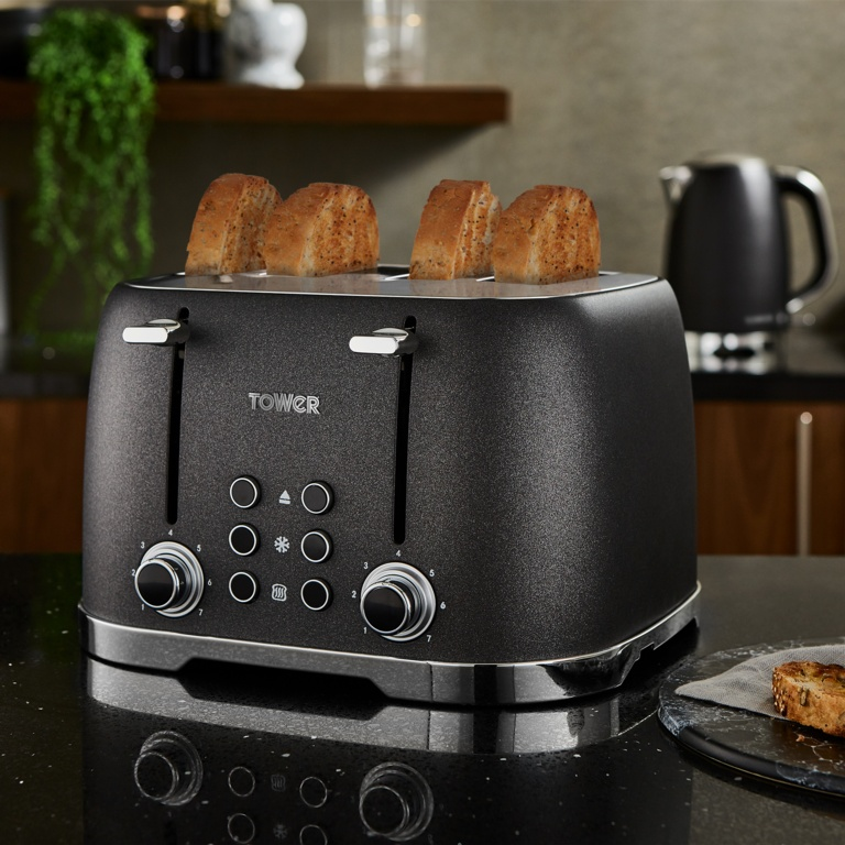 Tower Glitz Toaster - Black 4 Slice
