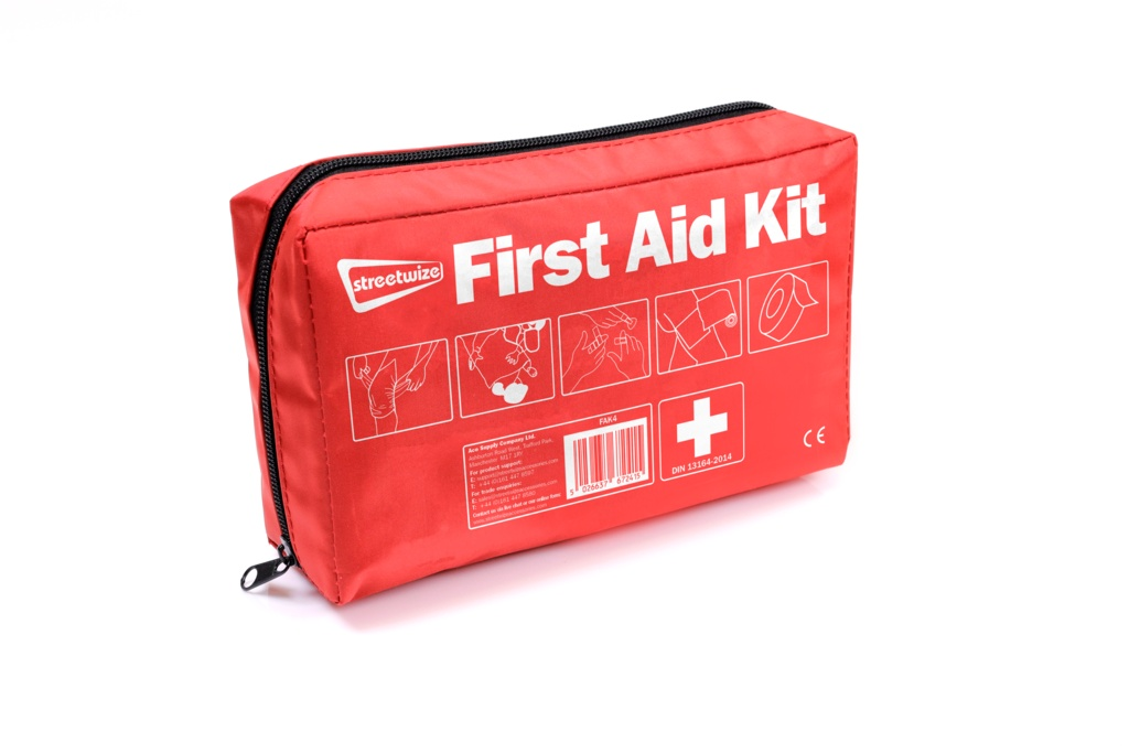 Streetwize First Aid Kit In Soft Bag - Din13164