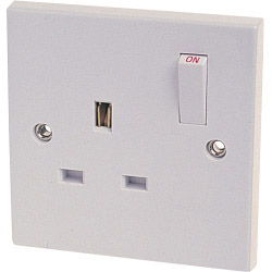 Dencon 13A, Single Switched Socket Outlet to BS1363