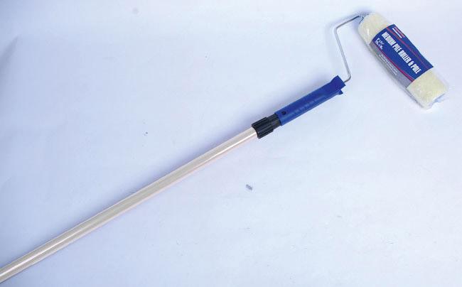 "SupaDec Decorator Roller & 1.3m Pole - 9"" x 1.5"" / 225mm x 38mm"