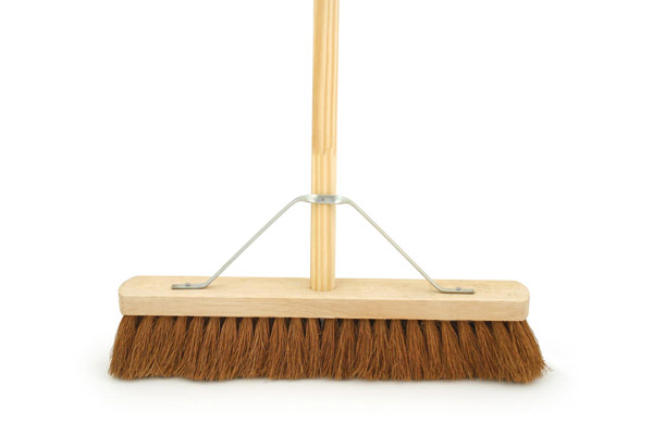 Bentley Natural Platform Brush With Handle - 18""