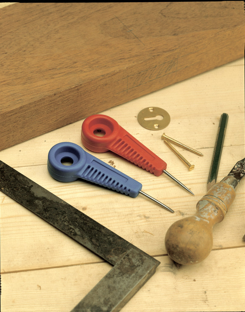 Linic Bradawl - red & blue point or chisel