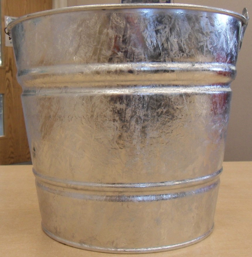 SupaHome Galvanised Bucket - 27cm 10L