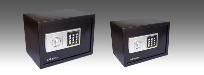 Cathedral Electronic Locking Safe - Black Interior dimensions 305mm x 190mm x 195mm Weight 5kg