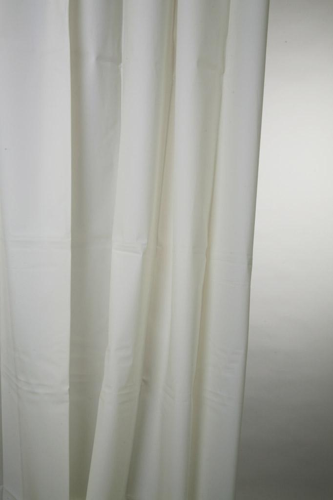 Blue Canyon Peva Shower Curtain 180 x 180cm - Plain White