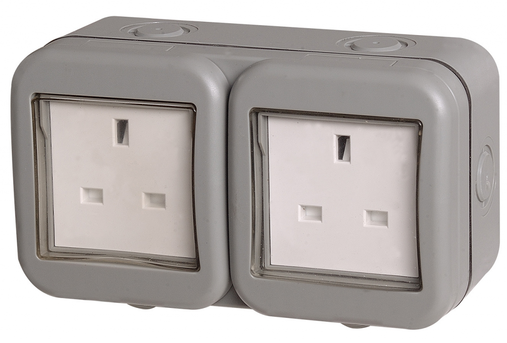 BG Weatherproof IP55 13Amp Unswitched 2 Gang Socket
